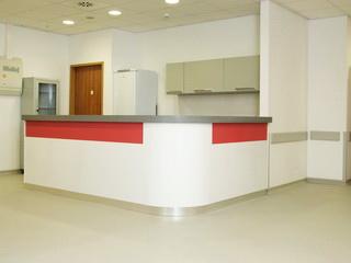 Стойки-ресепшн для медицинского центра