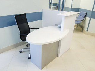 Стол для поста медицинской сестры